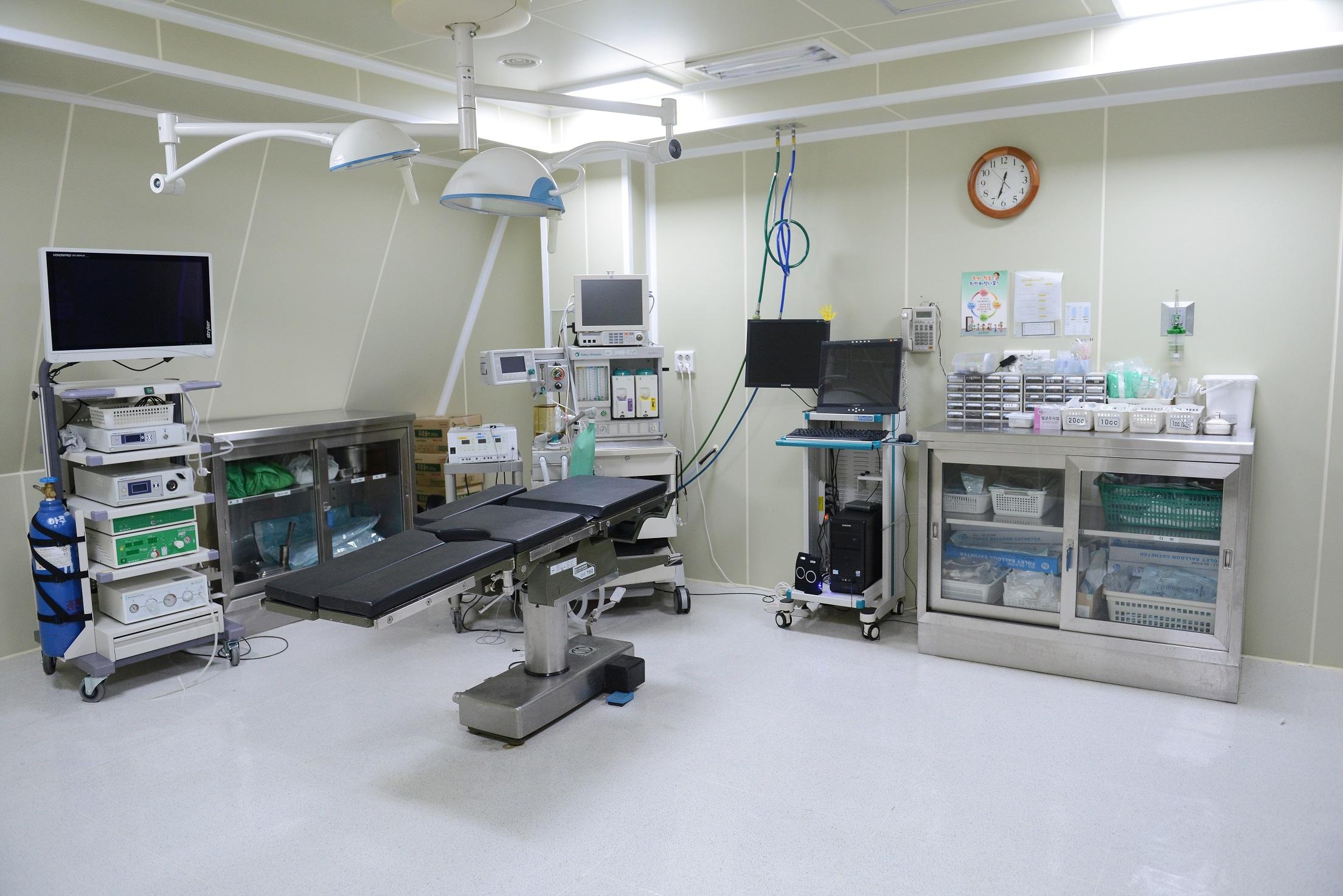 복강경수술실
